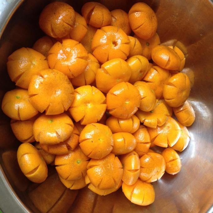 Cách làm mứt quất dẻo chua ngọt cho mùa đông