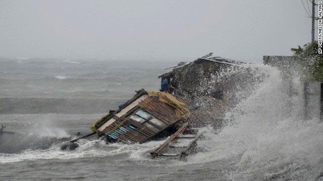 Siêu bão Hải Yến (Haiyan), một trong những cơn bão mạnh nhất trong lịch sử thế giới. Nguồn: 24h.com.vn