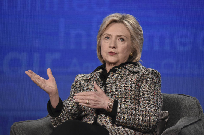 Ngoại trưởng Hillary Clintongiành được sự ngưỡng mộ của nhiều người vì tính kiên định trong lập trường ủng hộ quyền phụ nữ trên khắp thế giới cũng như những cống hiến của bà cho các vấn đề trẻ em. Nguồn:politico.com