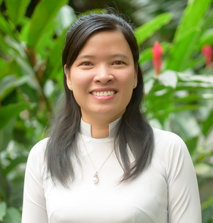 Chân dung TS. Phạm Thị Thu Hiền