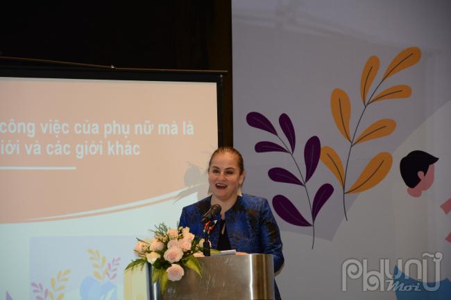 """Bà Elisa Fernandez Saenz, Trưởng đại diện của UN Women tại Việt Namhoan nghênh sáng kiến thành lập """"Mạng lưới Nam giới tham gia thúc đẩy bình đẳng giới và xoá bỏ bạo lực giới"""