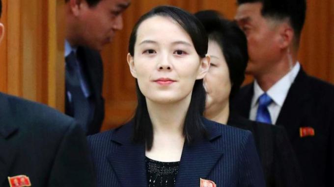 Kim Yo Jonglà quan chức cấp cao của Triều Tiêngiúp giám sát các chính sách của đất nước đối với Mỹ và Hàn Quốc, đồng thời là em gái của nhà lãnh đạo Triều Tiên - Kim Jong Un.