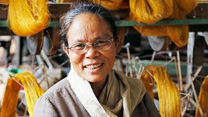 Bà Phan Thị Thuận người nghệ nhân ưu tú có nhiều sáng tạo trong nghề dệt