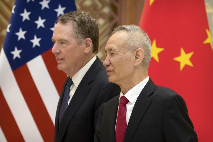 Đại diện thương mại Mỹ Robert Lighthizer và Phó Thủ tướng Trung Quốc Liu He tại Bắc Kinh vào ngày 15/2/2019.