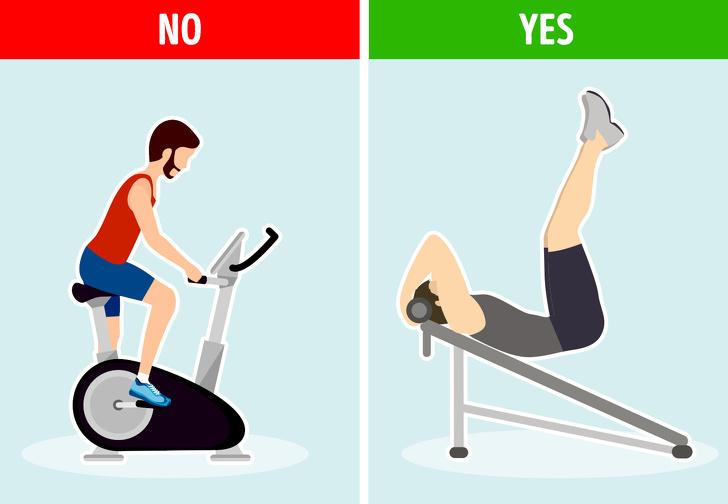 Sử dụng máy chạy bộ chỉ làm tăng nhịp tim, nên áp dụng cách gập bụng, eo. Ảnh: Brightside