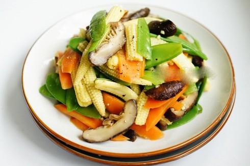 Cách làm món rau củ xào chay cho ngày Rằm