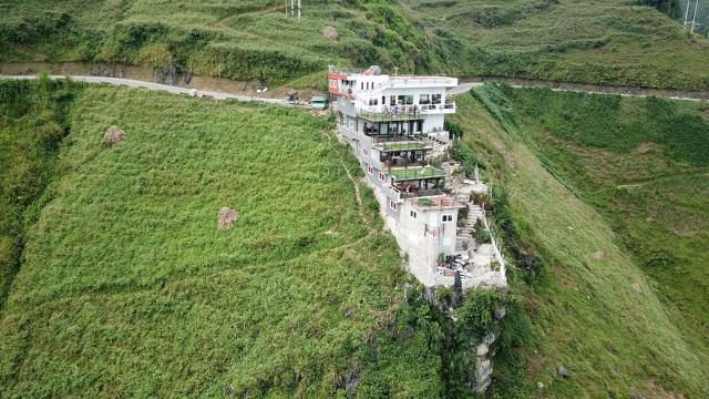Bộ Văn hóa, Thể thao và Du lịch nói gì về tòa nhà xây trái phép trên đèo Mã Pì Lèng