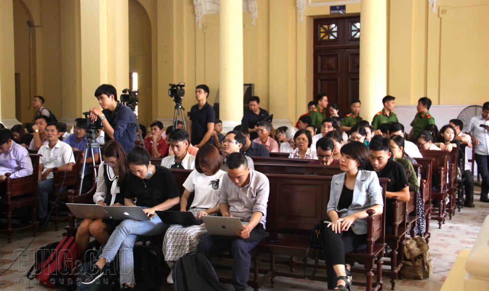 Thứ trưởng Bộ Y tế Trương Quốc Cường vắng mặt ở phiên xử VN Pharma