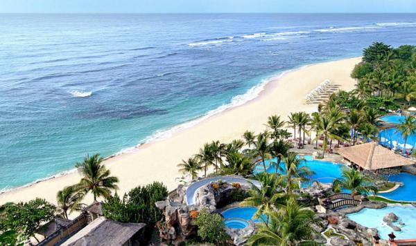 Vietnam Airlines mở 2 đường bay mới đi Bali, Phuket