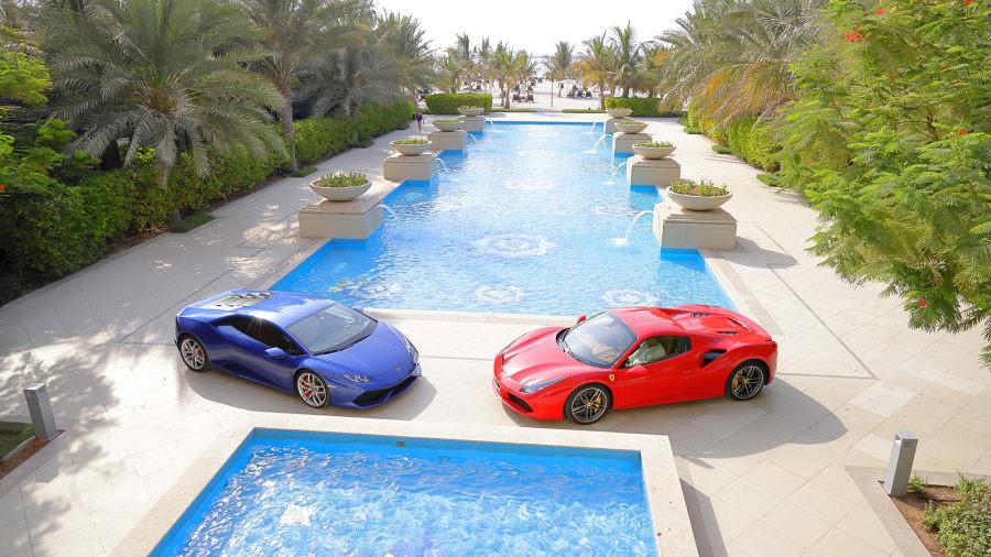 Các thương hiệu siêu xe phổ biến tại đây gồm có Ferrari, Porsche, Lamborghini hoặc Bugatti.