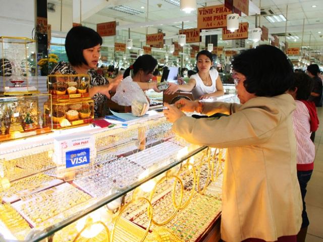 Giá vàng tiếp tục tăng mạnh, sắp chạm đỉnh 45 triệu đồng/lượng