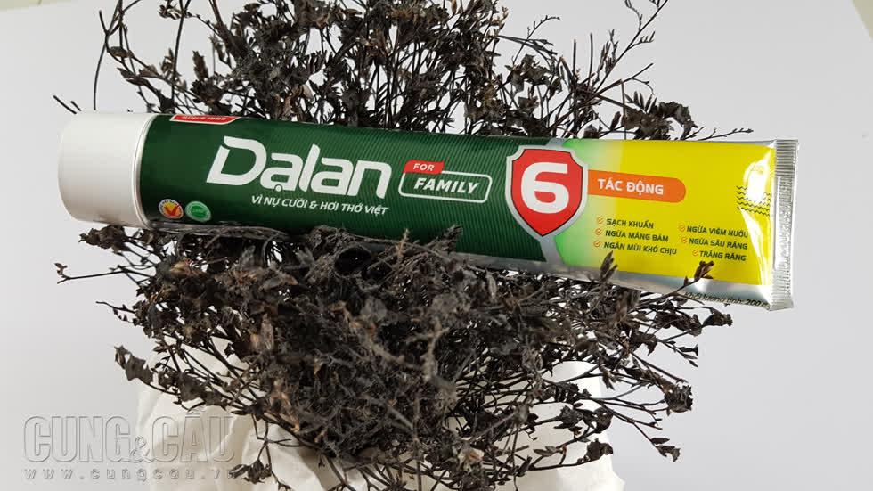 Kem đánh răng Dạ Lan của ngày hôm nay đã xuất hiện lại tại các siêu thị. Ảnh: Cẩm Viên