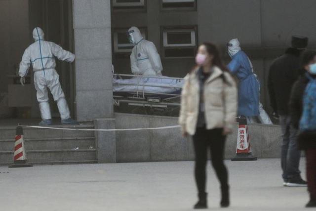 Dịch viêm phổi lạ như bóng ma ám ảnh người dân Trung Quốc và các nước lân cận.