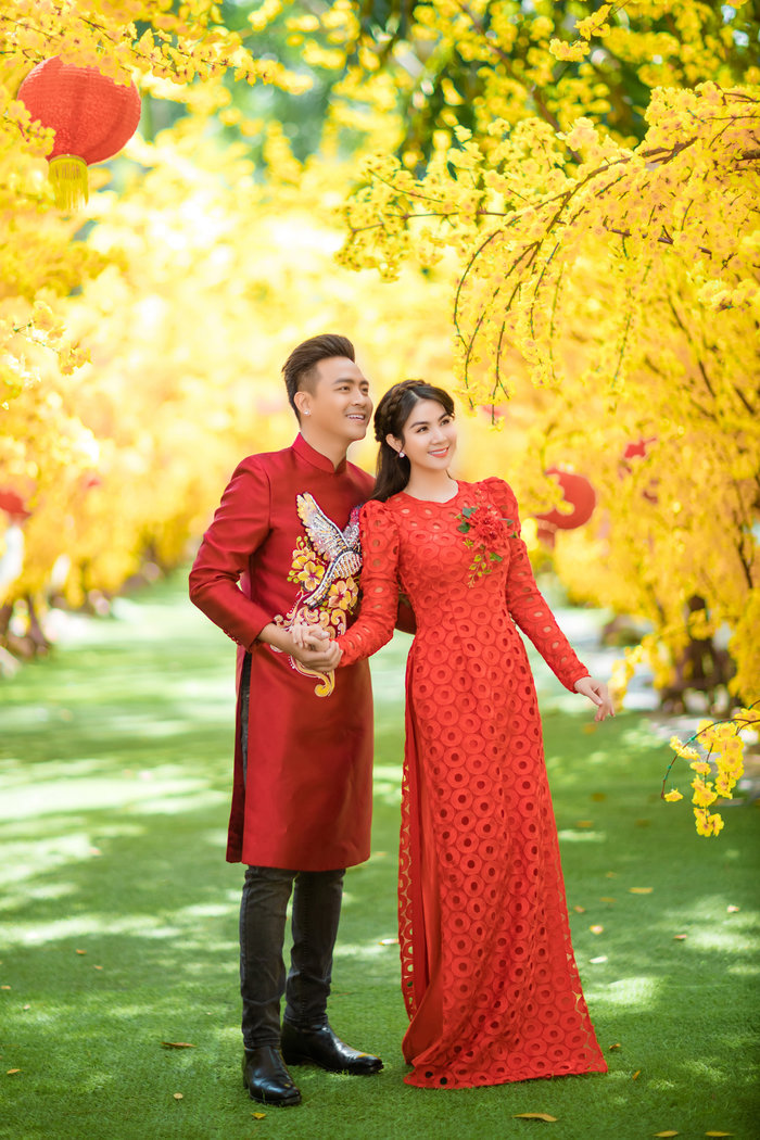 Kha Ly và Thanh Duy mong chờ chào đón một cu tí trong năm mới.