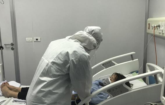 Bệnh nhân D. đã lây bệnh cho 5 người khác. Ảnh: Thái Hà