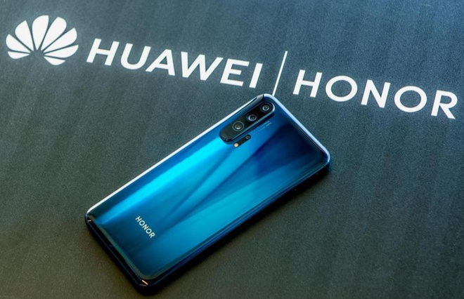 Huawei được cho là sẽ thu về 15 tỷ USD từ thương vụ bán Honor cho Shenzhen Zhixin New Information Technology vào tháng 11. Ảnh minh họa