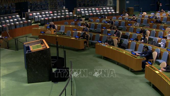 Quang cảnh cuộc họp của Đại hội đồng Liên hợp quốc thông qua Nghị quyết Ngày quốc tế sẵn sàng  chống dịch bệnh . Ảnh: Hữu Thanh/PV TTXVN tại New York, Hoa Kỳ.