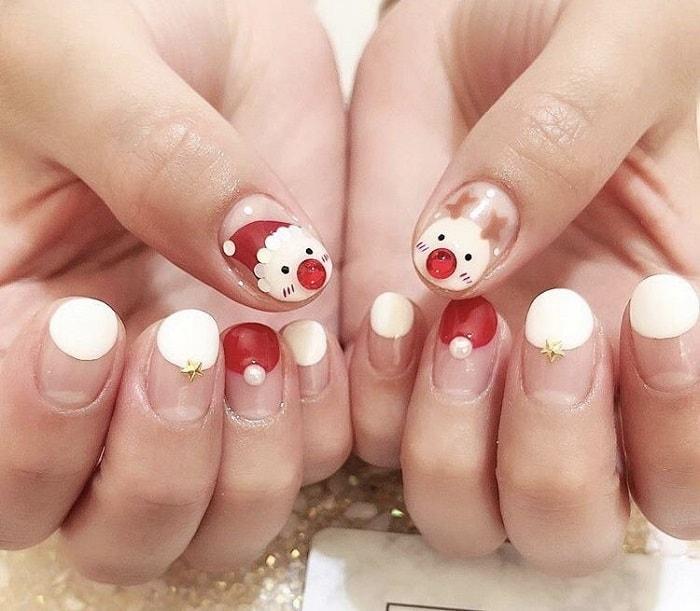 Hình vẽ nail ông già Noel đáng yêu.