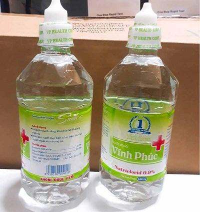 Hai lô nước muối Vĩnh Phúc bị thu hồi do không đảm bảo chất lượng.
