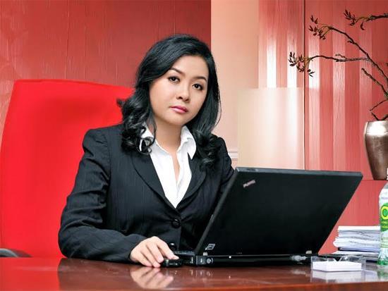 Bà Trần Uyên Phương,Phó Tổng giám đốc Tập đoàn Tân Hiệp Phát.
