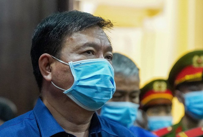 Bị cáo Đinh La Thăng tại tòa: Ảnh: Tiền Phong