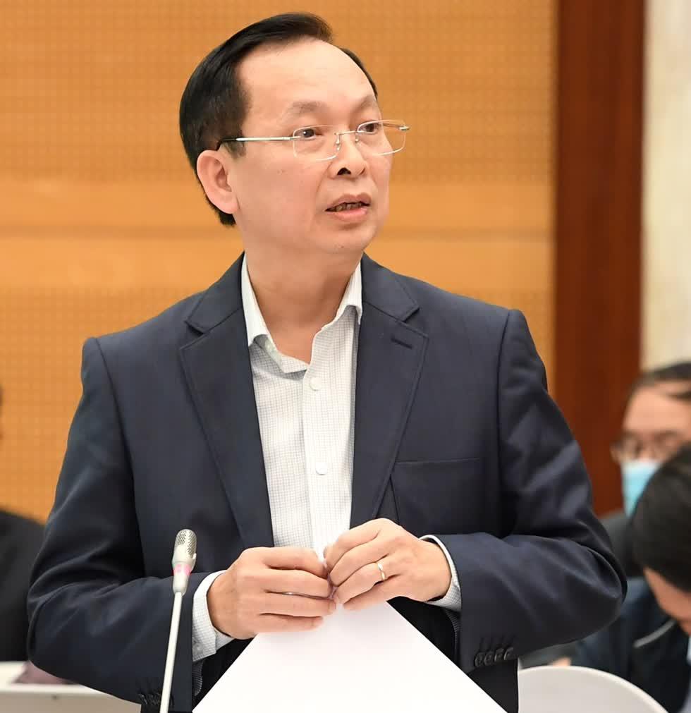 Phó Thống đốc Ngân hàng Nhà nước Đào Minh Tú khẳng định việc các tổ chức, cá nhân chào mời đầu tư mang lại lợi nhuận hàng trăm phầm trăm mỗi năm là không thực tế, có dấu hiệu bất hợp pháp và lừa đảo. Ảnh: VGP