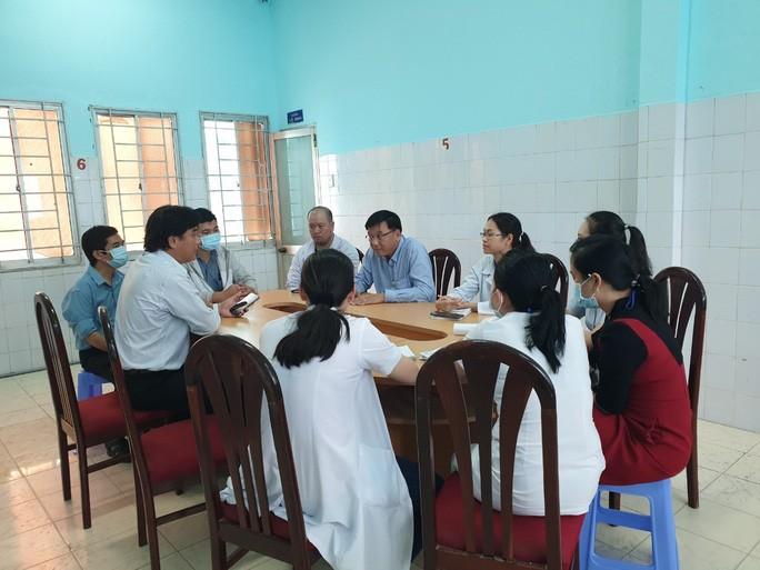 Đội ngũ y bác sĩ Trung tâm Kiểm soát bệnh tật TP.HCM.