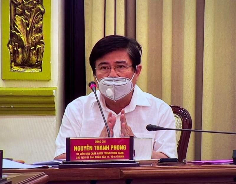 Ông Nguyễn Thành Phong cho biết đã tạm đình chỉ hoạt động của công ty PouYuen từ ngày 14/4. Ảnh: PLO