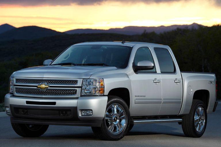 Chevrolet Silverado 1500 2013 là mẫu xe bán tải cũ giá dưới 20.000 USD đáng mua.
