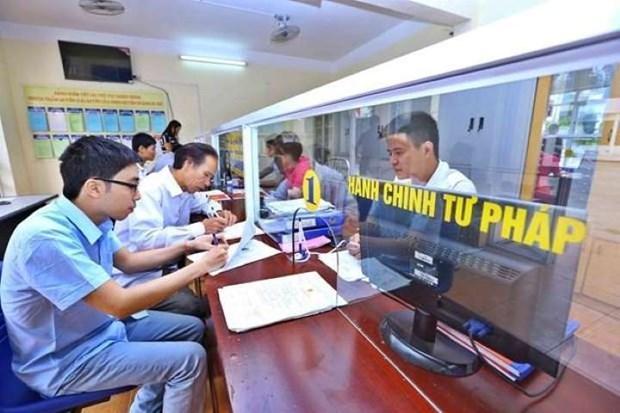 Cán bộ và công chức, viên chức sẽ nghỉ liên tiếp 4 ngày trong dịp 30/4 và 1/5. Ảnh minh họa: TTXVN.