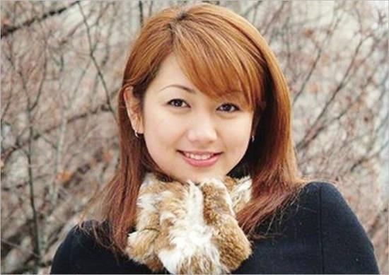 Ngay từ khi còn trẻ, Yang Huiyan tạo ấn tượng bởi ngoại hình và tài năng vượt trội của mình.