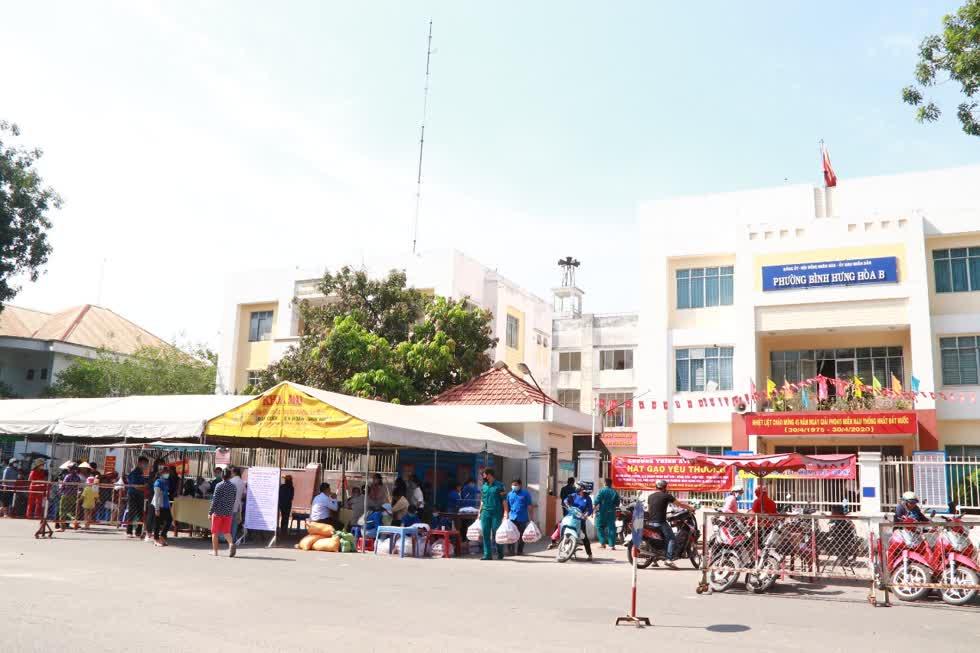 Chương trình được tiến hành trong vòng 5 ngày, bắt đầu từ 25-29/4 tạiUBND phường Bình Hưng Hòa B, quận Bình Tân.Ảnh: Tri Thức