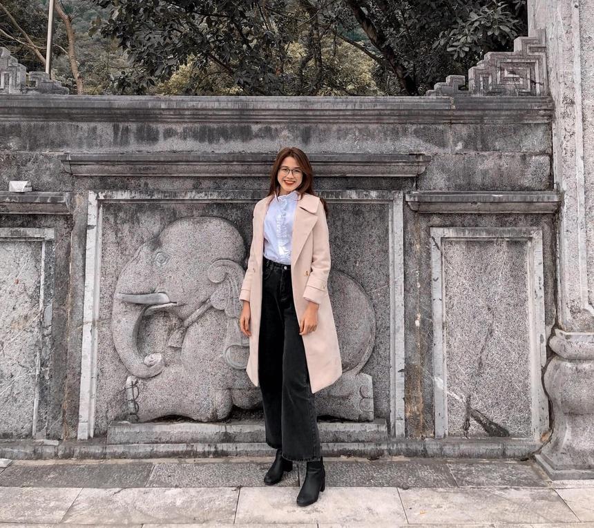 Gu ăn mặc thường ngày của Đỗ Thị Hà, màu sắc thể hiện rõ phong cách thanh lịch mà cô theo đuổi. Ảnh:@doha_20.07.