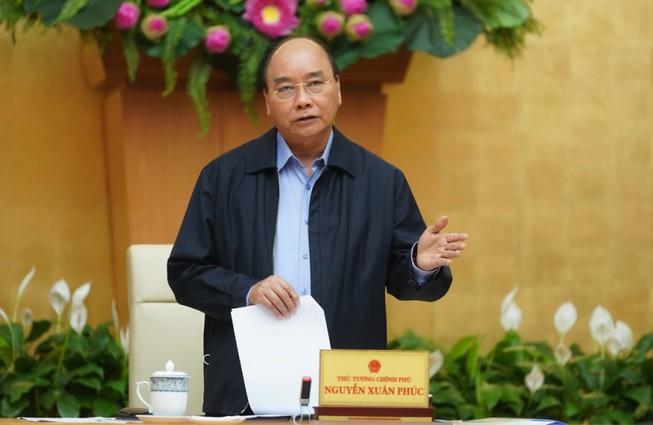 Thủ tướng Nguyễn Xuân Phúc ban hành chỉ thị 19 về tiếp tục thực hiện các biện pháp phòng, chống dịch COVID-19.