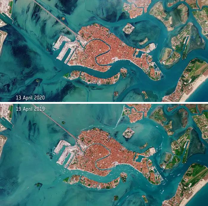 Những nỗ lực của Ý nhằm hạn chế sự lây lan của bệnh virus corona đã dẫn đến việc giảm lưu lượng tàu thuyền trong các tuyến đường thủy nổi tiếng của Venice.Hình ảnh trên cùng, được chụp ngày 13/4/2020, cho thấy sự thiếu lưu lượng thuyền rõ rệt so với hình ảnh từ ngày 19/4/2019.