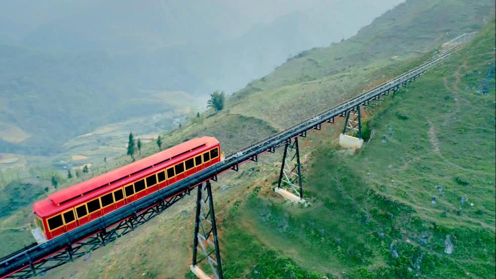 Tuyến Hà Nội - Lào Cai. Ảnh: Thương Trường