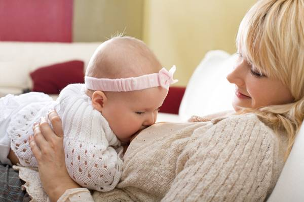 Làm sao để duy trì nguồn sữa mẹ dồi dào, đúng cách?