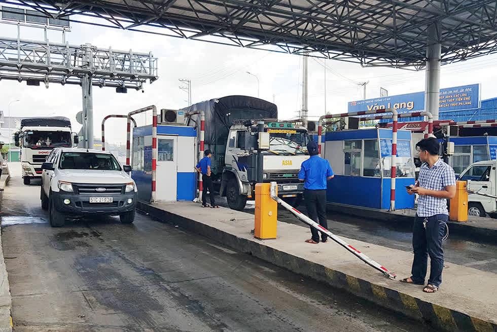 Doanh nghiệp vận tải phản đối đề xuất tăng phí BOT.