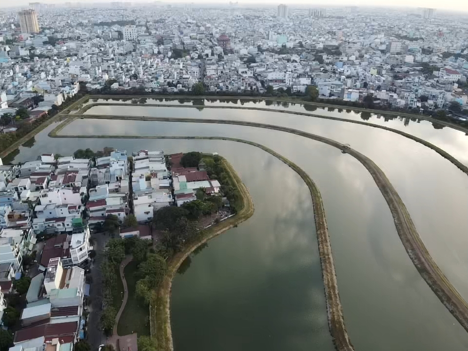 Phê duyệt kế hoạch sử dụng đất 2020 của các  quận huyện  - Ảnh: Cẩm Viên.