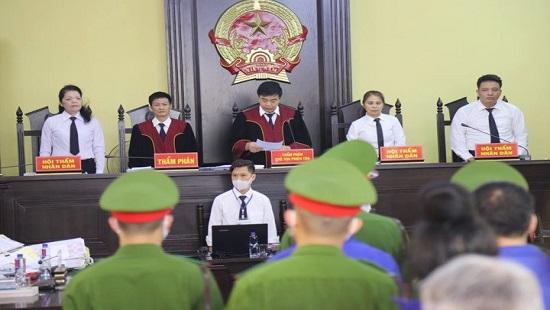 Họio đồng xét xử vụ án.