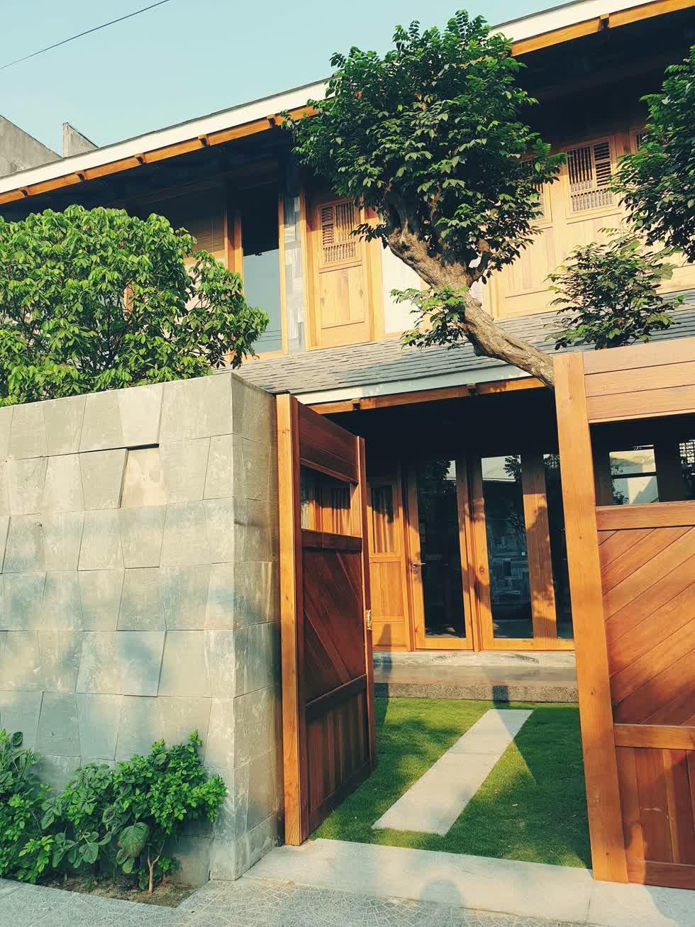 """Thiết kế """"xanh"""" mang cả thiên nhiên vào trong nhà phố."""