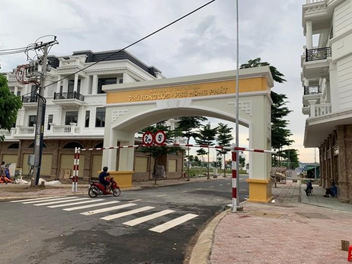 Khu nhà ở thương mại Phú Hồng Phát.