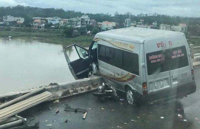 Vụ tai nạn làm 4 người bị thương.