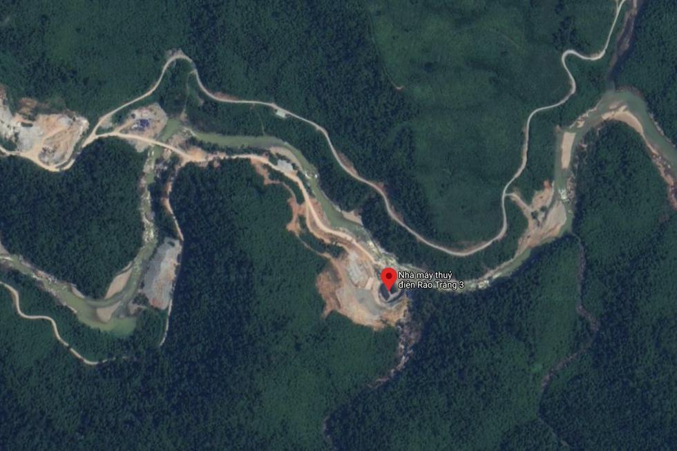 Thuỷ điện  Rào Trăng 3 nhìn từ trên cao. Ảnh chụp màn hình từ Google Maps