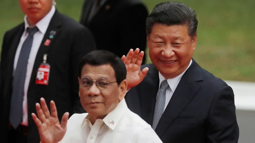 Tổng thống Philippines Rodrigo Duterte bị Chủ tịch Trung Quốc Tập Cận Bình từ chối thẳng thừng khi đề cập vấn đề tranh chấp biển Đông.