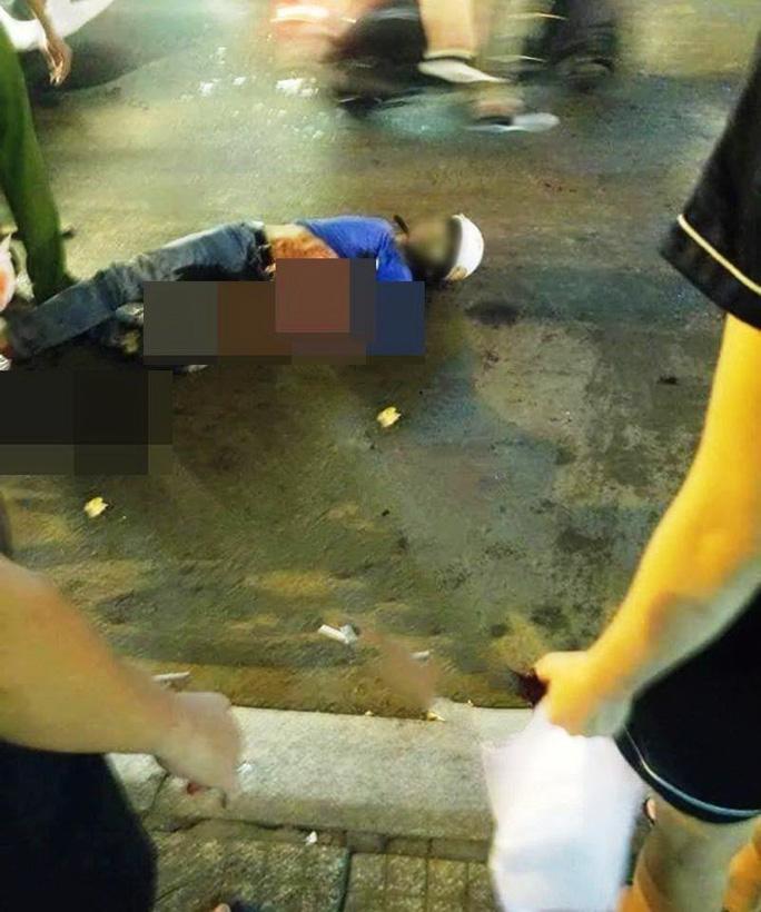 Một hiệp sĩ bị đâm tử vongkhi vây bắt nhóm trộm ở Sài Gòn Ảnh: NLD