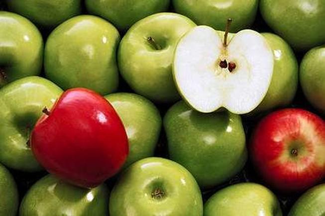 Những loại trái cây nào nên ăn hạt và không nên ăn hạt?