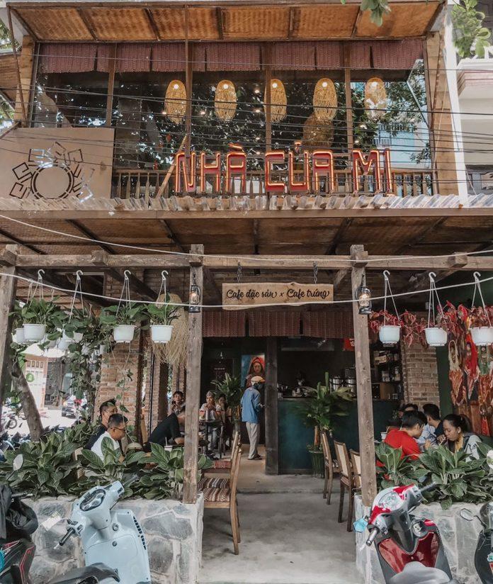 Nhà Của Mị là quán cà phê có thiết kế theo phong cách vùng Tây Bắc. Nguồn: Facebook Cà phê Nhà Của Mị