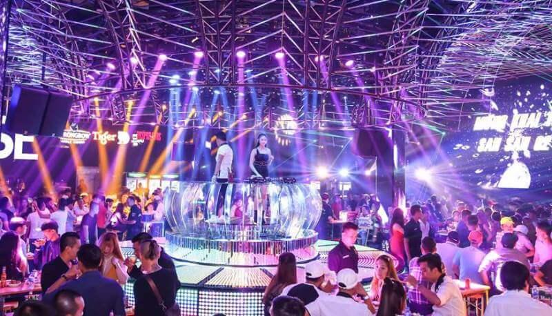 Quán bar, vũ trường tại TP.HCM hoạt động trở lại từ 18h ngày 7/9. Ảnh minh họa