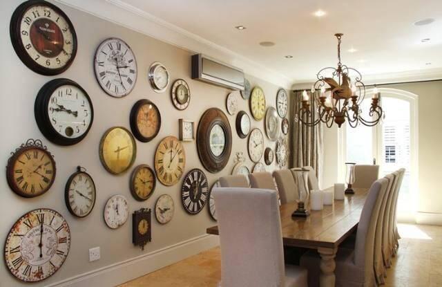 Gia chủ sống trong một ngôi nhà có quá nhiều đồng hồ có thể sẽ gặp nhiều rắc rối không đáng có.